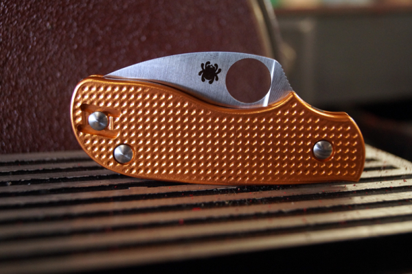 Oakedge Griffschalen / Scales für Spyderco Squeak - Copper Waffle - exklusives Modell für com2you-biwak.de
